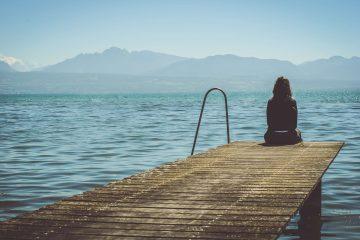 לעבור מחושך לאור – איך לצאת ממצב רוח רע, הלכה למעשה, ב-5 שלבים